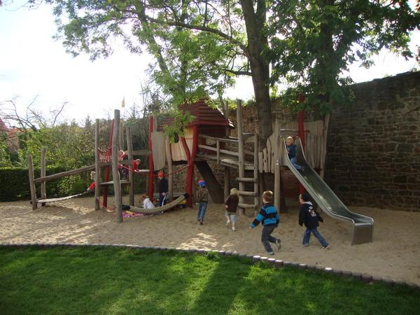 Spielplatz der Kita Märchenburg