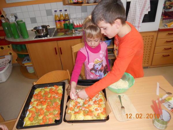 Gruppenraum mit Kinderküche