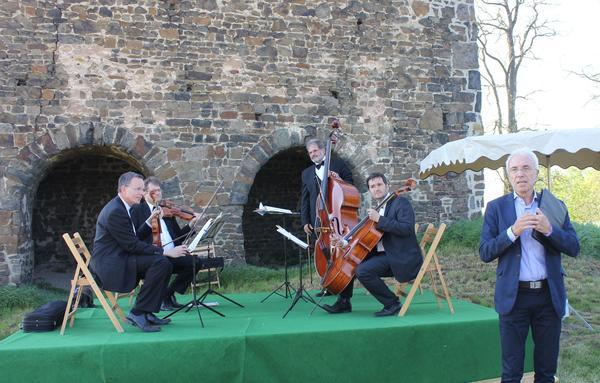 Rossini Quartett mit Rezitator Wolfgang Klose