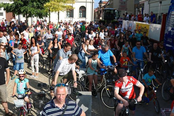 Haldensleben feierte 10 Jahre Blade & Biker Night