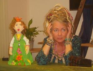 Puppenspielerin Peggy Helmecke