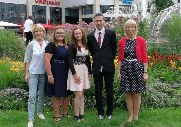 Von links: Marlies Berger, Gina-Marie Kraft, Emily Thiel, Tom Prein und Sabine Wendler.