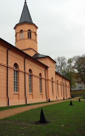 Die neue Grünfläche hinter der Doppelkirche
