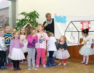 Die Kinder der Kita Flax und Krümel gratulierten zum 3. Geburtstagat