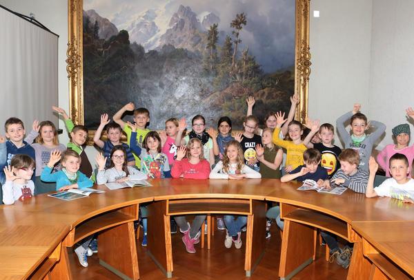 Schüler der Klasse 3b der Otto-Boye GS im Rathaussaal