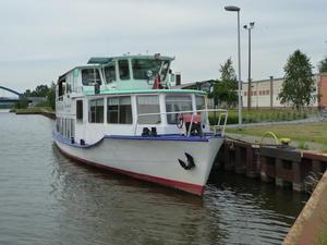 Fahrgastschiff Roland Außenansicht